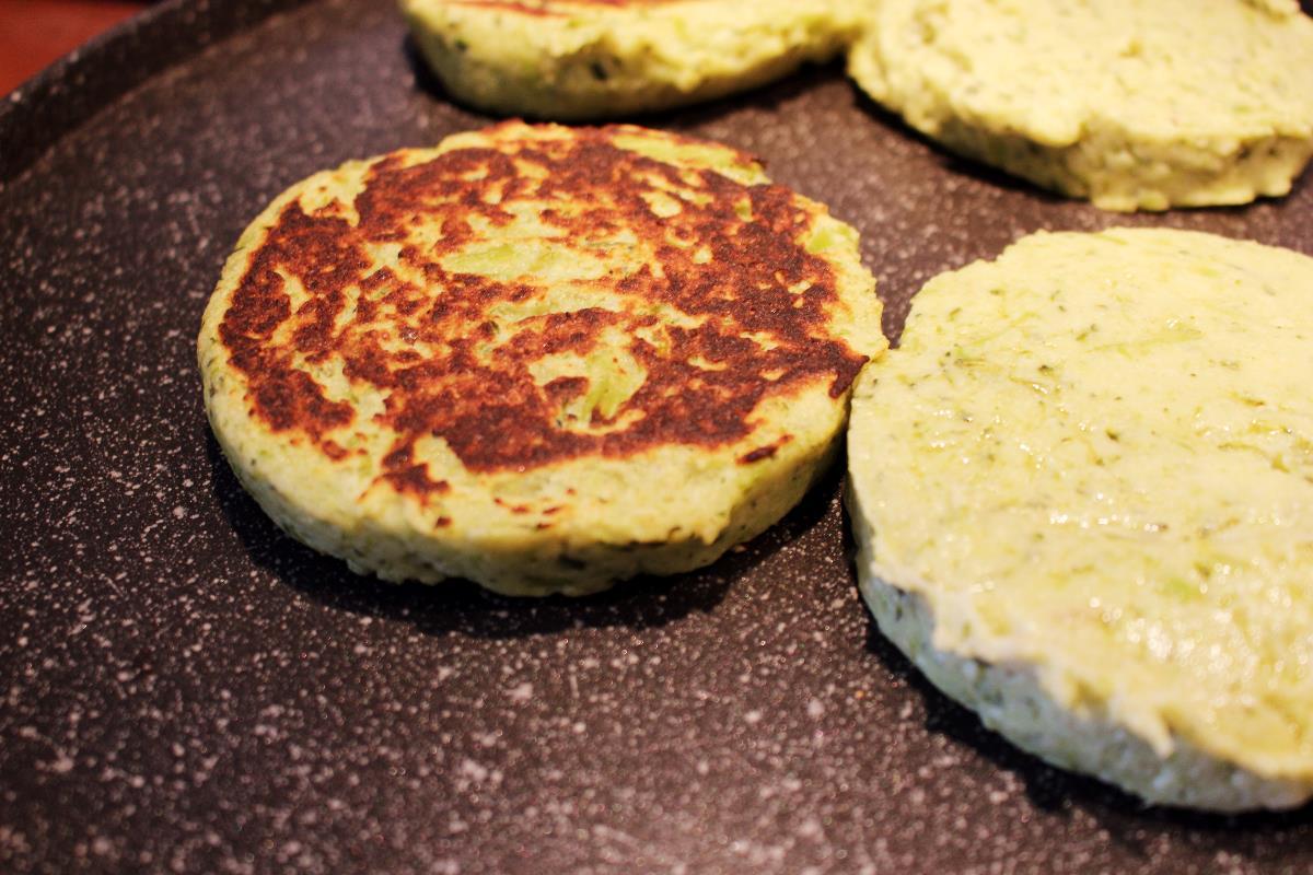 Vegetarian Barley Flour Burger