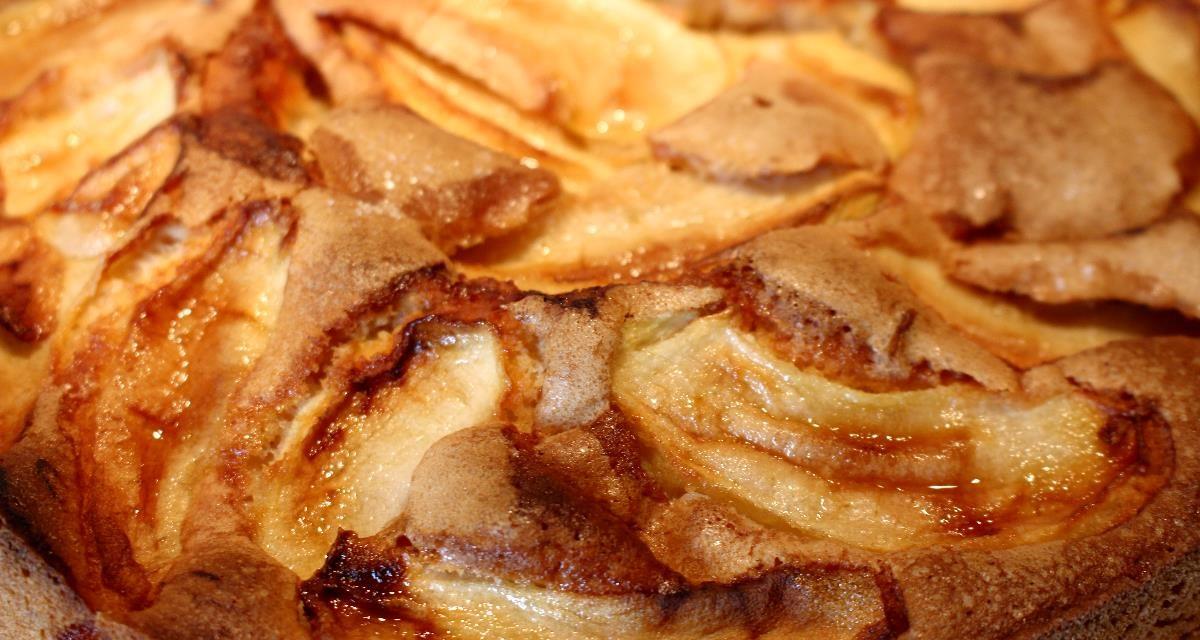 Lentil flour apple pie